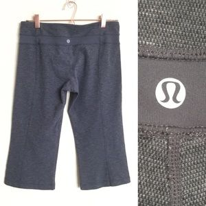 "LULULEMON 19"" Groove Crop Pant Size 10 Gray"